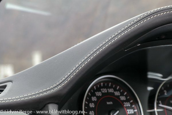 BMW 320d xDrive interiør